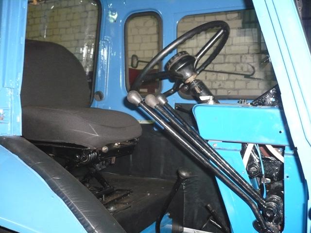 Трактор мтз 82 в городе Твери. Цена 320 рублей